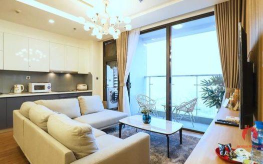 M3 Vinhomes Metropolis Lake view 3 bedroom apartment for lease 33 835x467 1