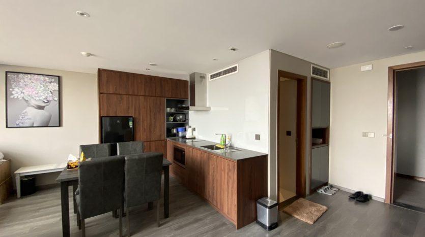 Cho thuê căn hộ 1 phòng ngủ hướng sông tại Penstudio 5