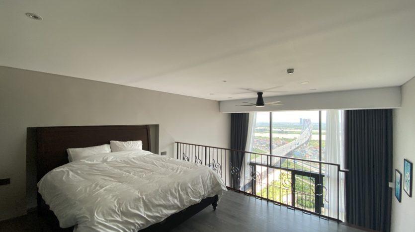 Cho thuê căn hộ 1 phòng ngủ hướng sông tại Penstudio 6