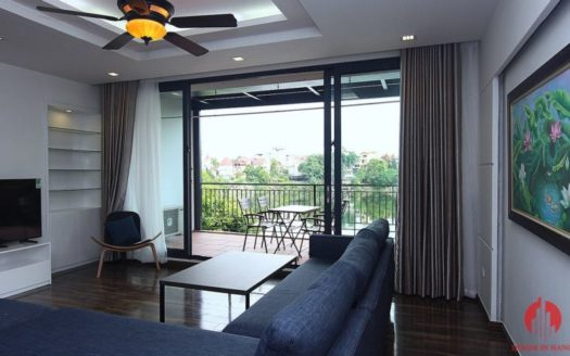Lake view 4BR apartment for rent in Tay Ho district Au Co street 8 835x467 1