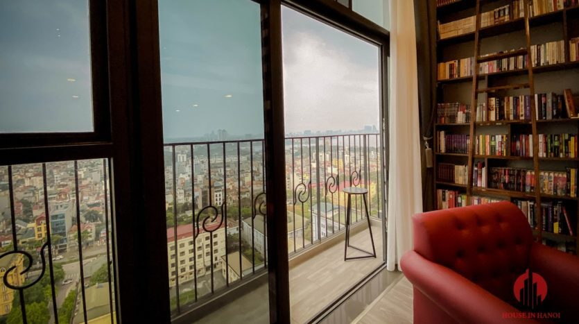 Parisian loft apartment with huge bookshelf for lease in Tay Ho 12 835x467 1
