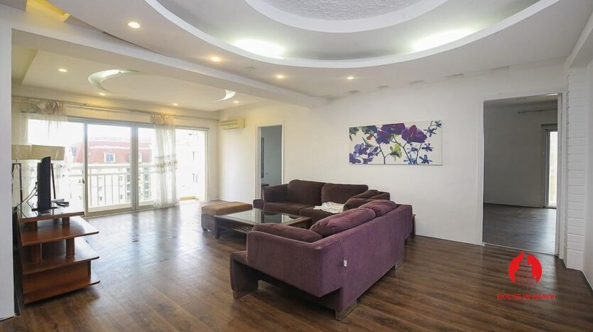 lake view 150m2 apartment for rent in g2 ciputra 1 835x467 1