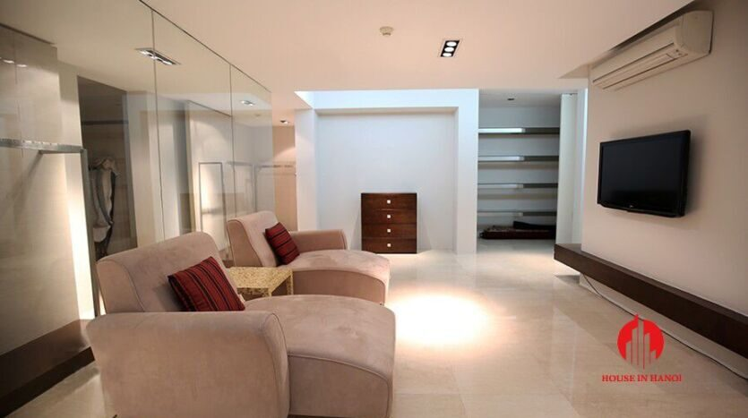 lavish penthouse for rent in ciputra 5 835x467 1