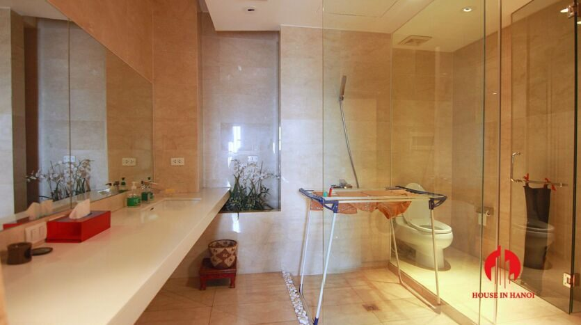 lavish penthouse for rent in p ciputra 3 835x467 1